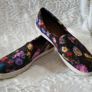 Shoes - Floral slip on sneakers